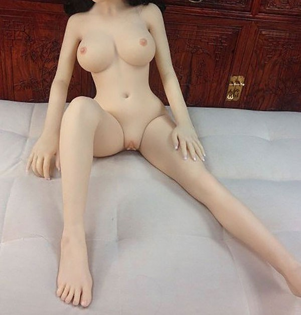 realdoll realistic curves 145 cm D cup