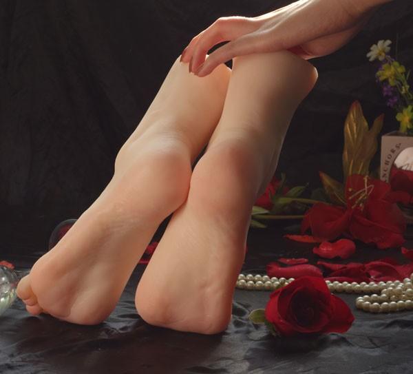 silicon feet