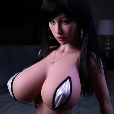 Sex doll daisy H cup slank klein grote borsten